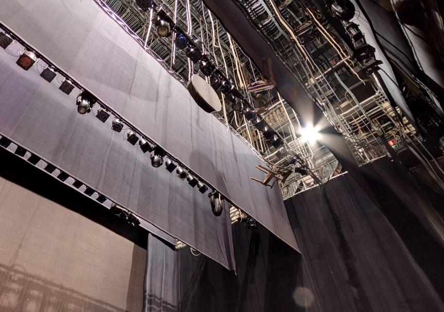 mantenimiento de telones para teatros
