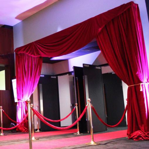 telones y cortinas para anexos a entradas del teatro